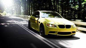 Превью обои авто, bmw m3, желтый, дорога, лес, лето