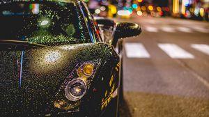 Превью обои авто, вид спереди, дождь, капли