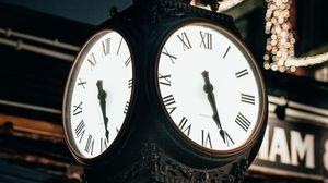 Превью обои часы, циферблат, подсветка, улица, город