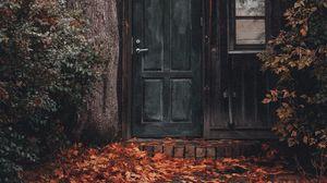 Превью обои дом, здание, дерево, листва, дверь