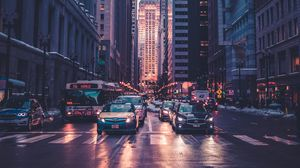 Превью обои дорога, небоскребы, автомобили, разметка, мегаполис, чикаго, сша