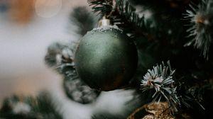 Превью обои елка, украшения, шары, новый год, рождество, праздники