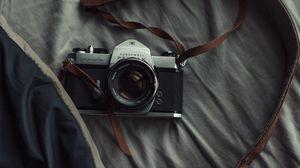 Превью обои фотоаппарат, объектив, ремешок, фотография
