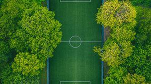 Превью обои футбольное поле, вид сверху, деревья, площадка, зеленый
