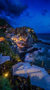 Превью обои город, море, утес, берег, обрывистый, скалистый, манарола, италия