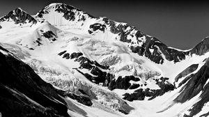 Превью обои горы, вершины, снег, чб