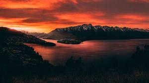 Превью обои горы, закат, озеро, небо, огненный, новая зеландия