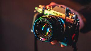 Превью обои камера, блики, отражение, огни