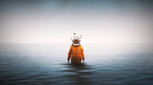 Превью обои космонавт, скафандр, бабочки, сюрреализм, море, горизонт