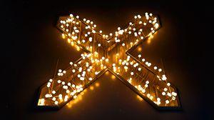 Превью обои крест, гирлянда, свечение