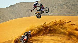 Превью обои кроссовые, пустыня, мотоциклы, песок, мотокросс