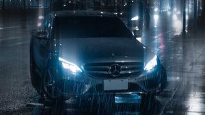 Превью обои машина, ночь, дождь, свет, улица
