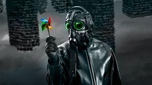 Превью обои маска, противогаз, мельница, игрушка, темный, арт