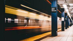 Превью обои метро, станция, подземный, поезд, колонны, фонари