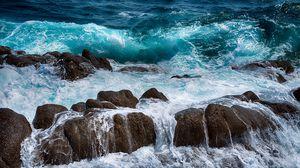 Превью обои море, камни, брызги, прибой, пена
