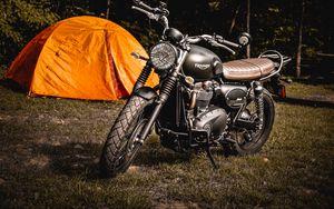 Превью обои мотоцикл, палатка, трава