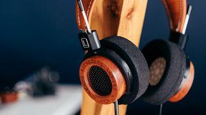 Превью обои наушники, аудио, стиль, деревянный