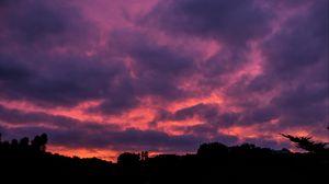 Превью обои облака, закат, пористый, небо, горизонт