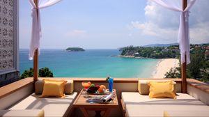 Превью обои отдых, лето, тепло, вид, море, остров, пляж, диваны, стол, фрукты, напитки