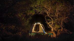 Превью обои палатка, кемпинг, ночь, деревья, звездное небо