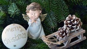 Превью обои рождественские игрушки, ангел, рождество, ель, шар