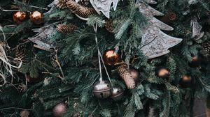 Превью обои рождество, новый год, рождественские украшения, шишки