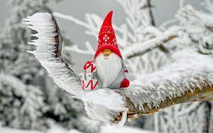 Превью обои санта клаус, новый год, статуэтка, рождество, снег, лед, игрушка