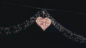 Превью обои сердце, гирлянды, декорация, праздник