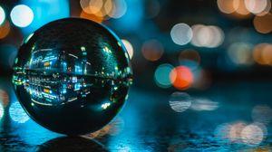Превью обои шар, отражение, блики, стекло