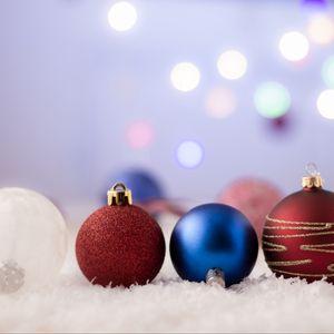 Превью обои шары, украшения, новый год, рождество, игрушки, праздник