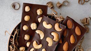 Превью обои шоколад, орехи, сладости, десерт