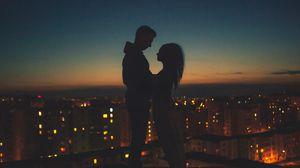 Превью обои силуэты, пара, романтика, ночной город