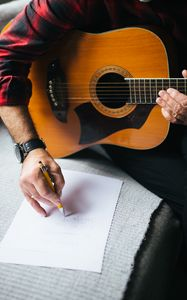 Превью обои акустическая гитара, гитара, гитарист, записи, музыки
