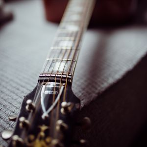 Превью обои акустическая гитара, гитара, гриф, струны, музыка, фокус