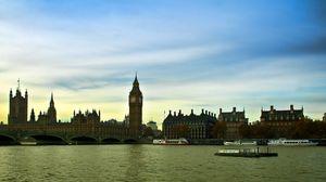 Превью обои англия, лондон, темза, теплоходы, вечер, здания