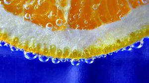 Превью обои апельсин, долька, капли, макро