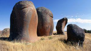 Превью обои австралия, камни, поле, трава