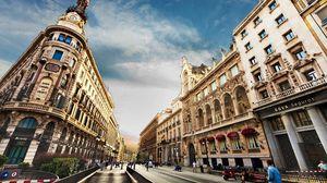 Превью обои барселона, barcelona, город, здания, улица, люди