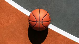Превью обои баскетбол, мяч, баскетбольное поле