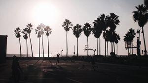 Превью обои баскетбол, площадка, темный, силуэты, пальмы, солнце