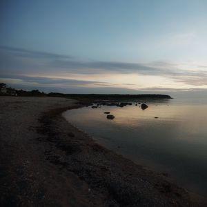 Превью обои берег, море, сумерки, пейзаж
