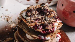 Превью обои блины, джем, орехи, завтрак, десерт