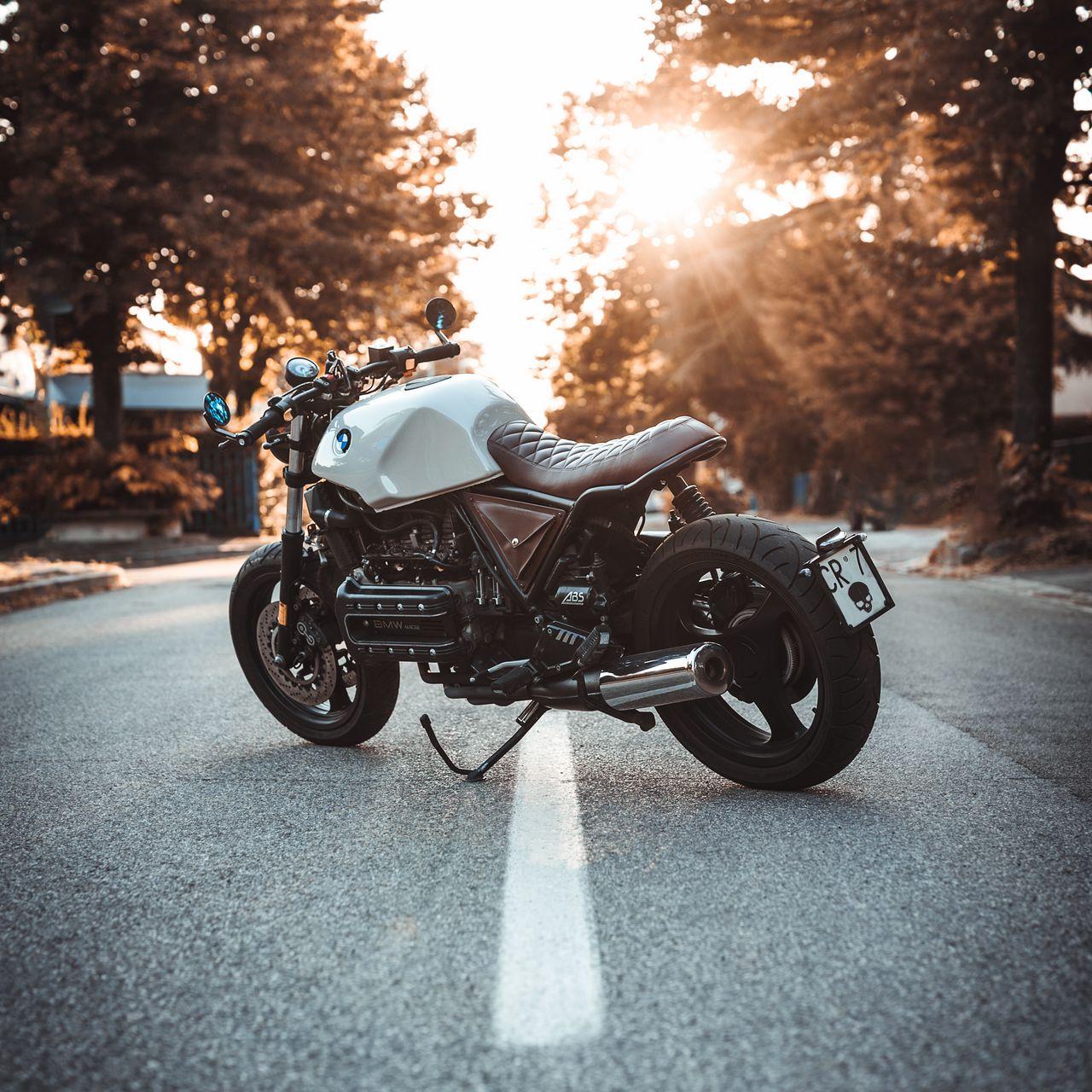 1280x1280 Обои bmw k100, мотоцикл, байк, вид сбоку