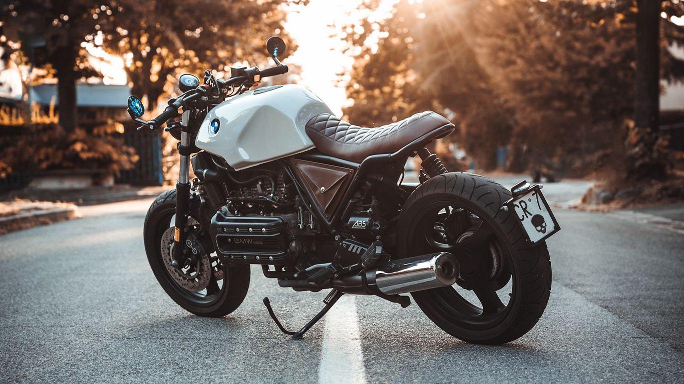 1366x768 Обои bmw k100, мотоцикл, байк, вид сбоку