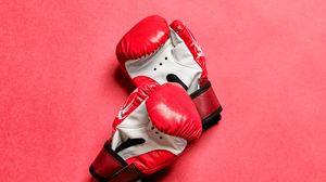 Превью обои боксерские перчатки, перчатки, бокс, красный, спорт