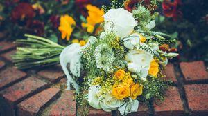 Превью обои букет, цветы, розы, лепестки, композиция