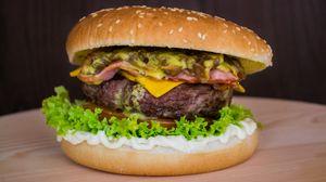 Превью обои бургер, гамбургер, котлета, булочки, овощи