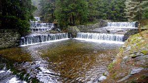 Превью обои чехия, река, пороги, дождь, ярусы