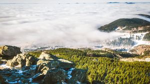 Превью обои чехия, горы, туман, трава, камни