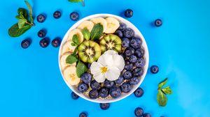 Превью обои черника, киви, банан, мята, цветок, фрукты